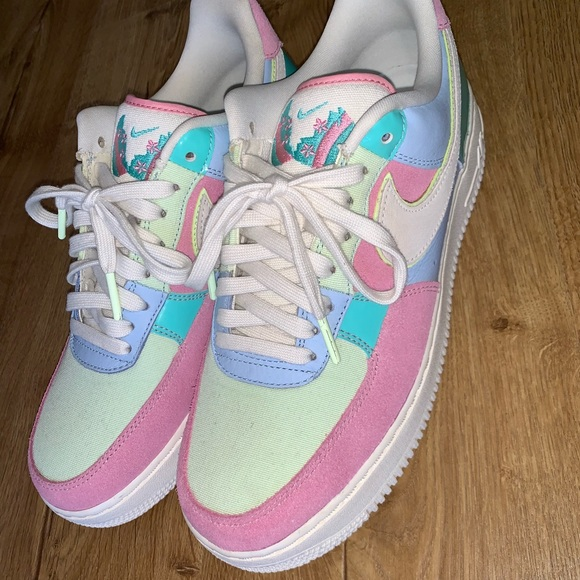 official photos 1aa03 3642e Air Force 1 Easter egg 2018